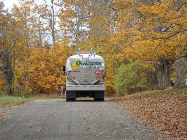 oultons-truck-fall